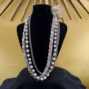 LOFT Silver Chainlink Ribbon Pearl Necklace #608